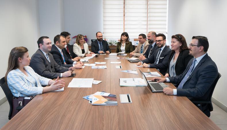 Daıkın Türkiye Akademi, Kişisel, Mesleki Ve Teknik Eğitimlerine Devam Ediyor