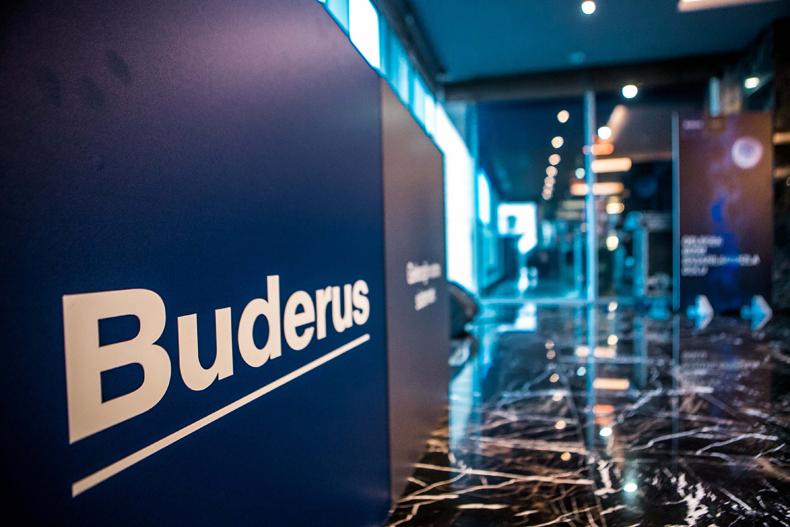 Buderus Yıllık Bayi Toplantısı 'Geleceğe Dönüş' konseptiyle gerçekleştirildi